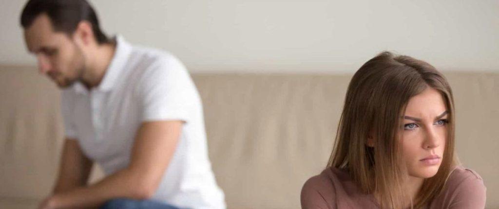 Жена пилит и постоянно недовольна: советы психолога