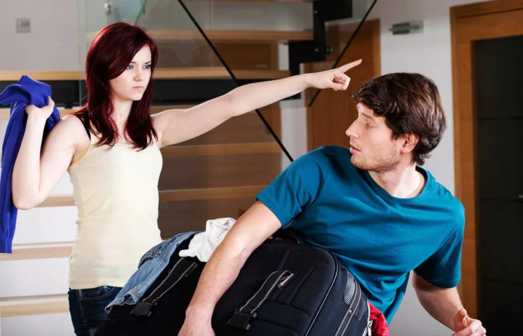 Что делать, если девушка выгнала парня